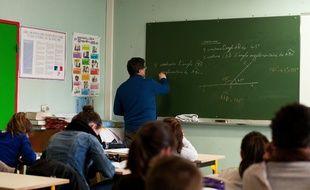 Des élèves ont suivi des cours de sciences et de mathématiques en anglais et espagnol.