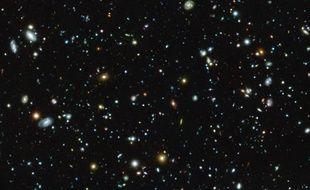 Une image de la région de Fornax par le Hubble Ultra Deep Field.