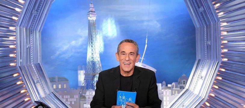 Thierry Ardisson sur le plateau de «Salut les terriens» sur C8