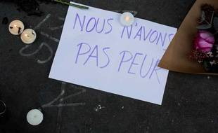 Un message déposé place de la République.