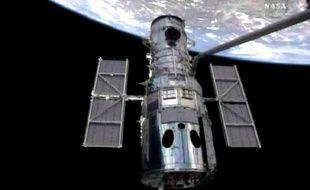 Cette cinquième et dernière mission d'Atlantis sur le télescope devait permettre de prolonger sa durée de vie d'au moins cinq ans.