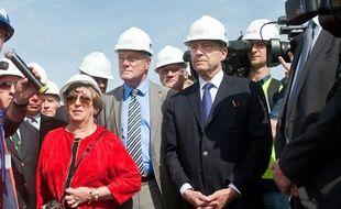 Françoise Cartron, Alain Rousset et Alain Juppé, le 15 avril 2013, lors de la pose de la première pierre du grand stade de Bordeaux