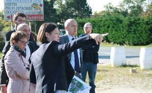Agnès Versepuy, maire du Taillan-Médoc et conseillère générale de la Gironde, ici avec Alain Juppé