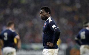 Fulgence Ouedraogo, le 25 novembre 2010 à Saint-Denis après une défaite contre l'Australie.