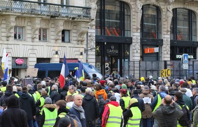 «Gilets jaunes» à Bordeaux: 29 gardes à vue en marge de la manifestation de samedi