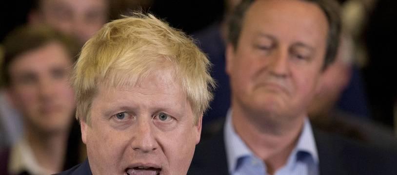 Boris Johnson et David Cameron, à l'époque respectivement maire de Londres et Premier ministre britannique, le 3 mai 2016.