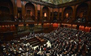 """En panne politiquement autant qu'économiquement, l'Italie tentera d'ici lundi de lancer un """"signal fort"""" à un monde des affaires démoralisé en débloquant le difficile dossier des milliards d'arriérés de dette des administrations à l'encontre de leurs fournisseurs, des entreprises privées."""