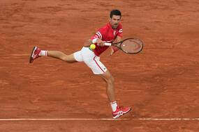 Novak Djokovic face à Matteo Berrettini en quarts de finale de Roland-Garros.