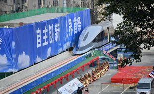 Le train « maglev » présenté le 13 janvier 2021 à Chengdu (Chine).