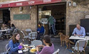 Les restaurants ont rouvert le 7 mars en Israël.