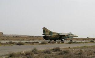 Au moins 22 frappes ont visé la Ghouta orientale mercredi matin et les combats ont repris entre les forces du régime et les groupes rebelles, a indiqué une ONG