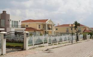 Un lotissement résidentiel de luxe, dans les environs d'Addis Abeba, le 4 août 2015 en Ethiopie