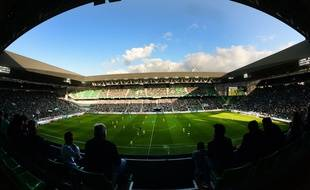 Le stade Geoffroy-Guichard, ici en septembre 2015 lors d'un match entre l'ASSE et le FC Nantes.