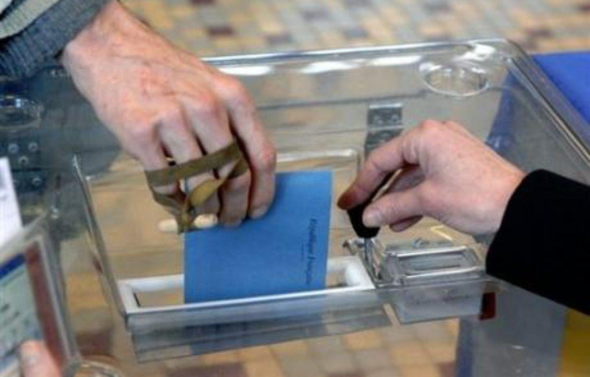 La gauche ne sera pas présente au second tour des élections municipales aux Sables d'Olonne, sa liste n'ayant pas été déposée à temps à la préfecture de Vendée à la suite d'une distraction, a-t-on appris mercredi auprès d'une candidate sur cette liste. – Mychèle Daniau AFP/Archives