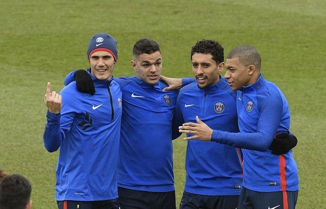 Hatem Ben Arfa, Marquinhos, Kylian Mbappe et Edinson Cavani à l'entraînement le 5 mars 2018.