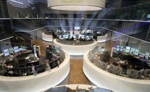 Vue générale de la Bourse de Francfort, le 9 février 2016