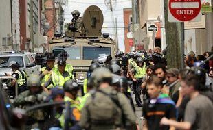 La police anti-émeutes de l'Etat de Virginie sur les lieux de la manifestation d'extrême-droite à Charlottesville, le 12 août 2017.