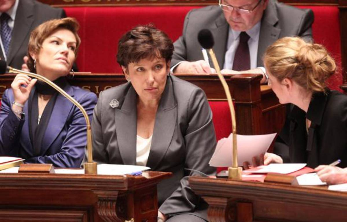 De gauche à droite, la ministre des Sports Chantal Jouanno, la ministre des Solidarité Roselyne Bachelot-Narquin et la ministre de l'Ecologie et du développement durable Nathalie Kosciusko-Morizet lors des question au gouvernement le 12 janvier 2011 à l'Assemblée nationale à Paris. – CHESNOT/SIPA