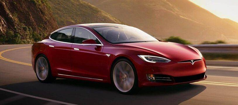 Une app de rencontre pour les propriétaires de Tesla uniquement