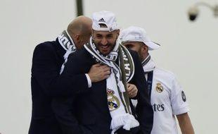 Zinedine Zidane et Karim Benzema le 29 mai 2016 à Madrid