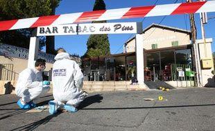 Marseille, rue Enco de Botte (12ème). En septembre 2013, un homme a été blessé gravement tandis qu'il braquait un bar-tabac. Un buraliste aurait ouvert le feu avec un fusil.