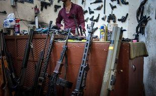 Une boutique d'armes à Erbil, au Kurdistan irakien, le 6 août 2015.