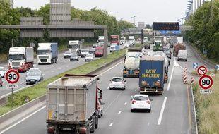 Circulation sur l'autoroute A1 entre Paris et Lille.