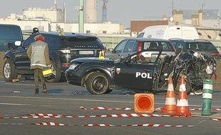 Le véhicule de la BAC N75 a été pulvérisé par le chauffard qui roulait à 150 km/h.