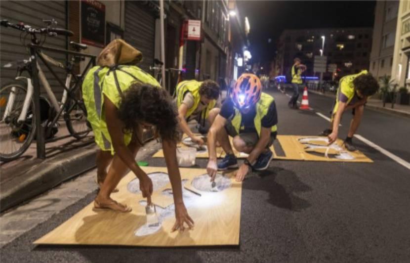 Toulouse : Une piste cyclable « sauvage » apparaît en pleine nuit