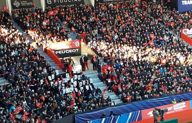 Des avocats toulousains protestent contre la réforme des retraites pendant le match de Coupe d'Europe face aux Anglais de Gloucester, le 19 janvier 2020.