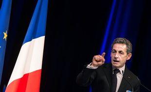 Le président de l'UMP a préféré ne pas donner de consigne de vote aux électeurs UMP pour la législative partielle qui oppose le FN au PS.