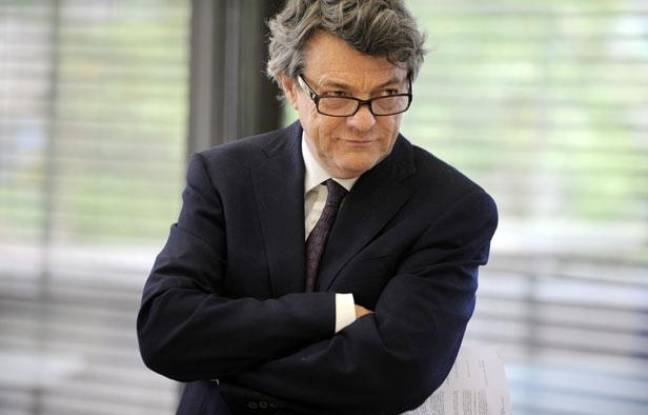 Jean-Louis Borloo en déplacement à Cholet, le 23 juin 2011.
