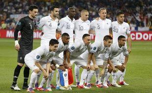 Les joueurs de l'équipe de France, lors de leur match à l'Euro contre la Suède, le 19 juin 2012 à Kiev.