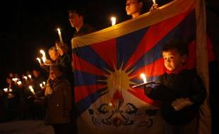 Des exilés tibétains manifestent après l'immolation d'un homme protestant contre la Chine, à Katmandou au Népal, le 13 février 2013.