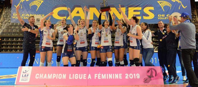 Le RC Cannes est devenu champion de la Ligue A féminine pour la 21e fois.