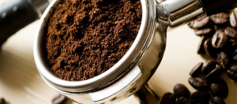 Du café en poudre (illustration).
