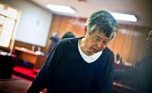 L'ex-président péruvien Alberto Fujimori a quitté dimanche la clinique de Lima où il avait été admis vendredi et a regagné la prison où il purge une peine de 25 ans pour violation des droits de l'Homme
