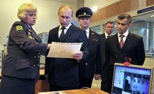 """Vladimir Poutine a fixé pour son retour au Kremlin des objectifs plus qu'ambitieux pour propulser la Russie aux premières places de l'économie mondiale, mais la possibilité de ce """"grand bond"""" en avant suscite des doutes malgré des perspectives plutôt favorables à court terme"""