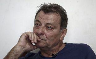 Cesare Battisti, ex-activiste d'extrême gauche italien condamné à la prison à perpétuité en Italie pour quatre meurtres