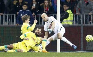 Le sauvetage du Danois Hansen sur sa ligne, le plus beau geste du match au final...