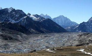 De nouvelles études scientifiques sur la fonte des glaciers de l'Himalaya révèlent l'impact du changement climatique dans cette région et la menace potentielle qui pèse sur 1,3 milliard d'habitants.
