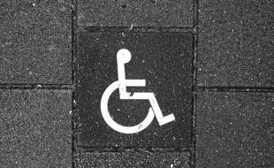 Sur les 16 prévenus de ce procès, 11 sont en situation de handicap. Illustration.