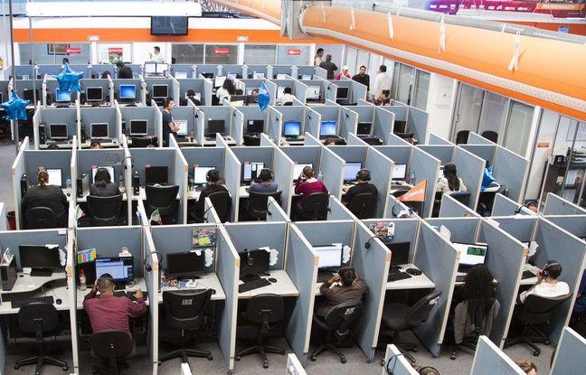 Un centre d'appel à Tijuana au Mexique