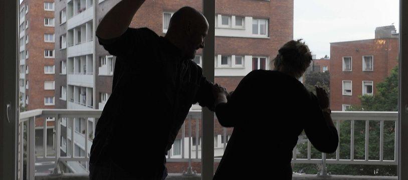 En moyenne, le nombre de femmes âgées de 18 à 75 ans qui au cours d'une année sont victimes de violences physique et/ou sexuelles commises par leur ancien ou actuel partenaire intime, est estimé à 225 000 femmes.