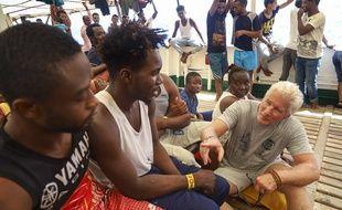L'acteur américain Richard Gere est monté à bord du navire humanitaire Open Arms, ce vendredi 9 août.