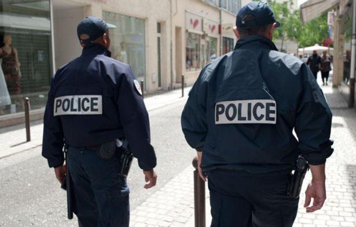 Illustration de patrouille de police nationale à Mantes-la-Jolie. – Vincent Wartner/20 Minutes