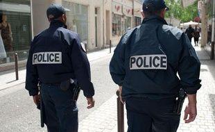 Illustration de patrouille de police nationale à Mantes-la-Jolie.