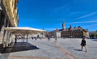 La fermeture des cafés et restaurants pourrait expliquer la baisse de fréquentation du centre-ville de Lille.