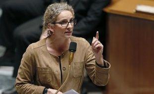 """Le Grenelle de l'Environnement a été """"un coup de com"""" et c'est ce que l'actuel gouvernement """"cherche à ne pas refaire"""", a déclaré dimanche la ministre de l'Ecologie, Delphine Batho, à BFMTV."""