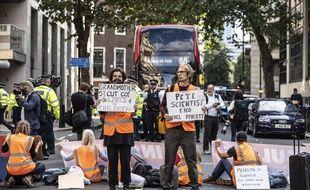 Illustration d'une manifestation du groupe Insulate Britain à Londres le 22 septembre 2021.